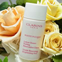 クラランス ホワイトプラスHP ジェントルピーリングローション (化粧水)